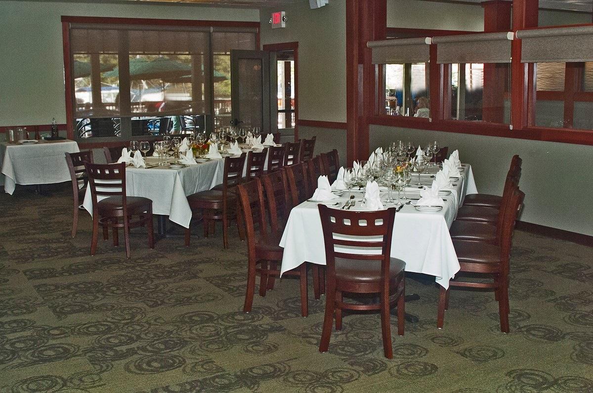 Restaurant – The Landing 2