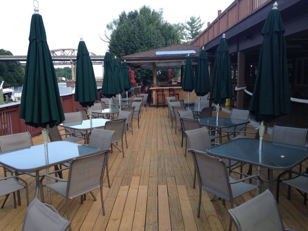 Restaurant – The Landing 3